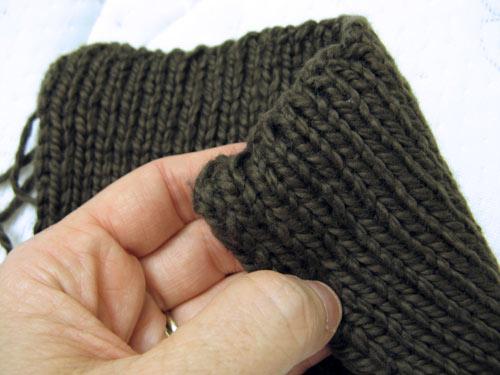 Knitting Double Cast On Stitches : futuregirl craft blog : Knitting A Scarf
